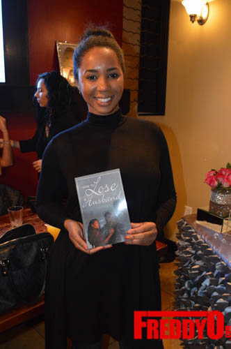 toya-wright-atlanta-how-to-lose-a-husband-book-signing-freddyo-9