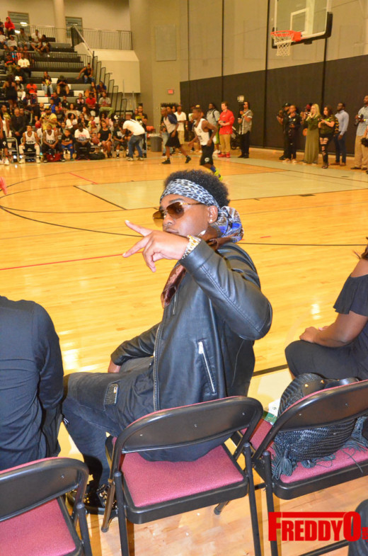 tru-vs-young-money-celebrity-basketball-game-freddyo-72