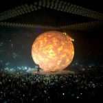Travis Scott Fall Through Huge Hole In The Middle Of The Stage At Drake Concert