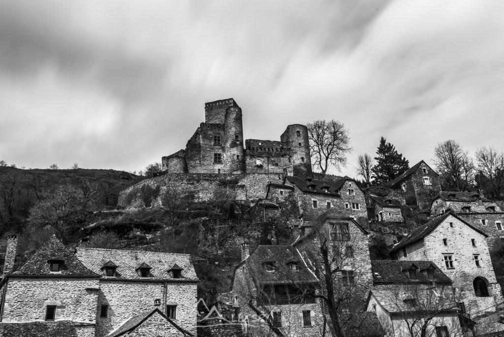 Belcastel (Plus beaux villages de France) n°1110