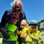 Peter Parbst er en af de ildsjæle, der senest har modtaget GF Trafikpris. Som frivillig i en skovbørnehave havde han søgt penge til en unik trafikbane, hvor de yngste trafikanter får grundlagt gode trafikvaner. (Foto: GF Fonden)
