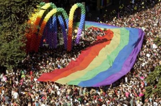 article_gay_pride.jpg