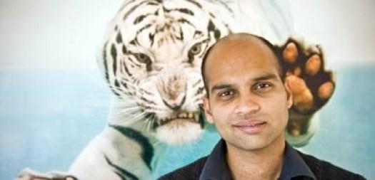 Aravind-Adiga385_416743a.jpg