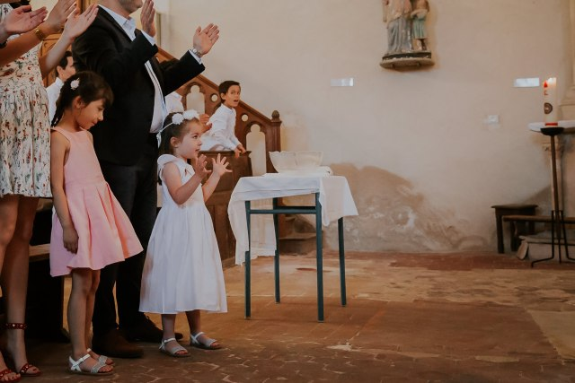 superbe baptême fille eglise