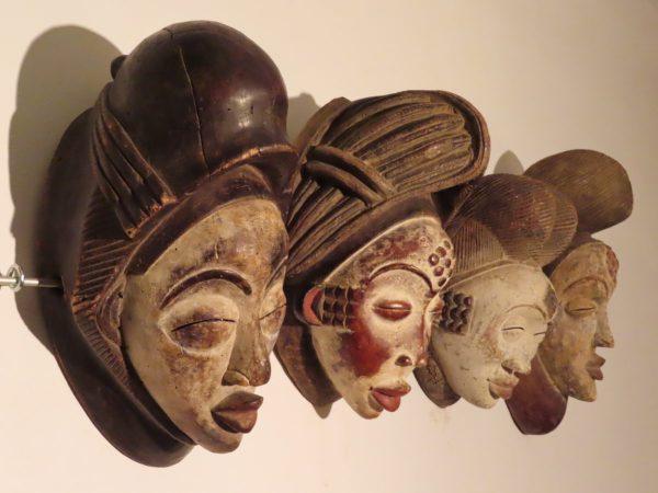 Punu Maskers uit Gabon