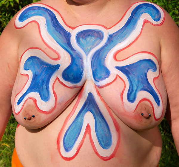 Victory front, 2009, bodypaint and photo by Fred Hatt