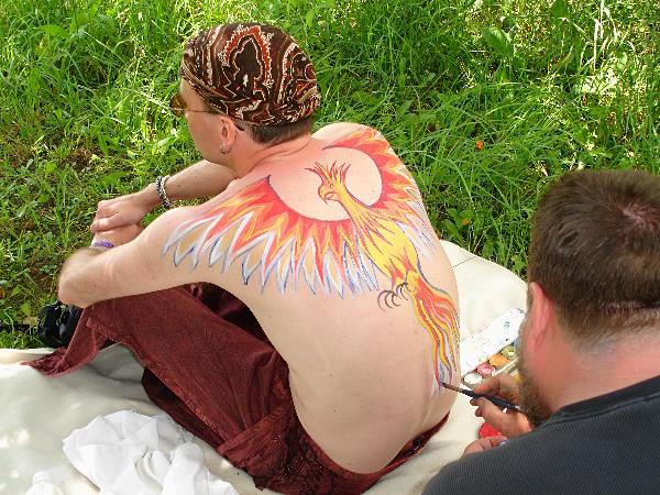 Fred Hatt painting Mihael, 2009
