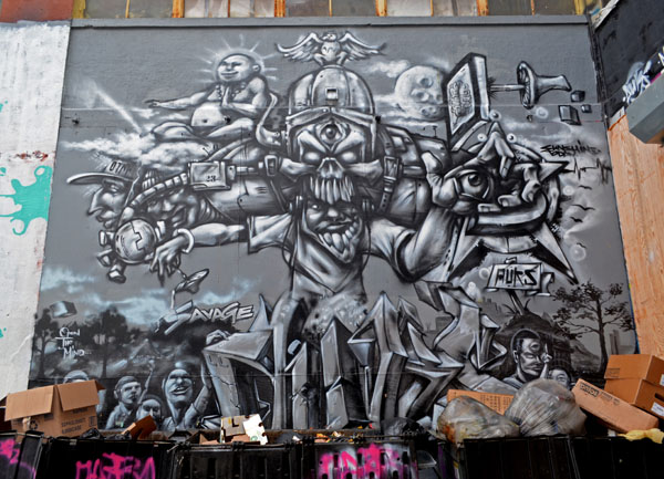 Mural by Auks, 5 Pointz, photo by Fred Hatt