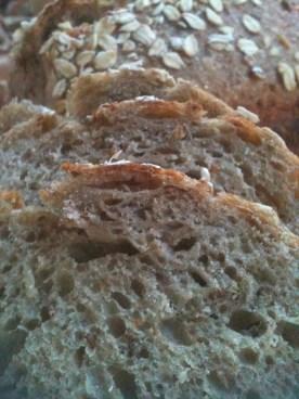 Pão com cevada e levedura da cerveja