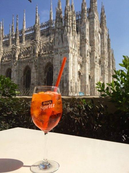 Aperol Spritz à la Terrazza Aperol Milan