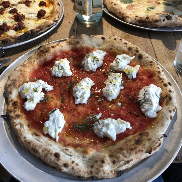 Parking Pizza : Pizza Stracciatella Burrata