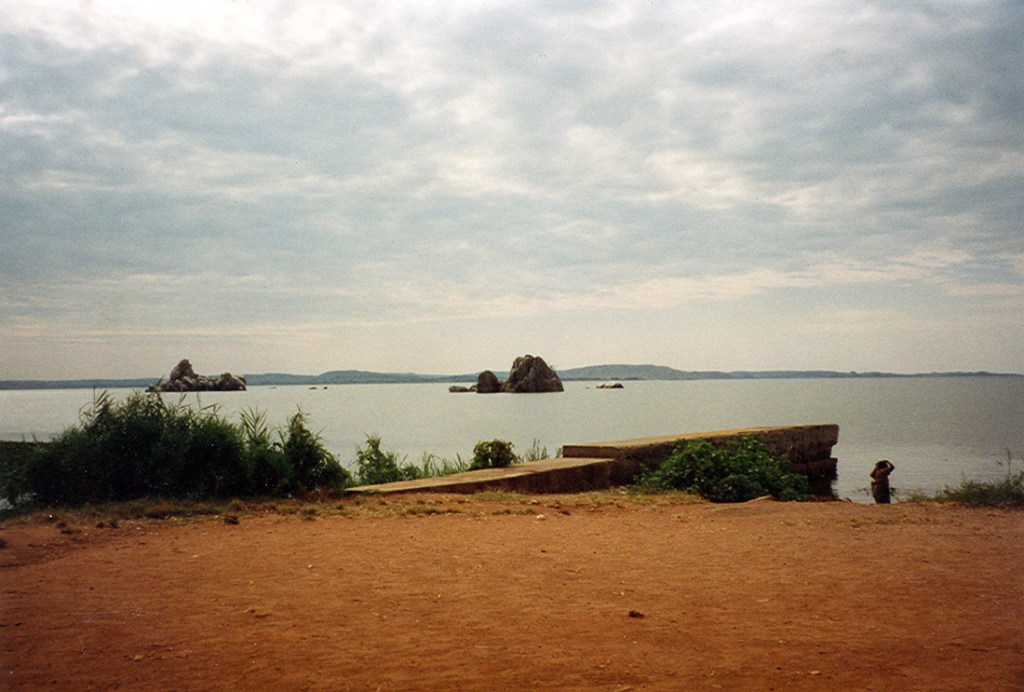 lake near Kibondo