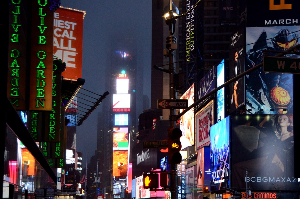 New-York-Time-Square-lights