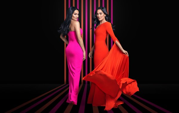 Total Bellas on E! with Bella Twins