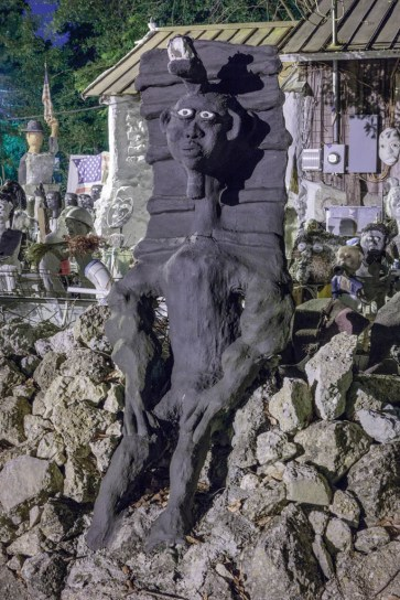 (Egyptian memorial); 2016