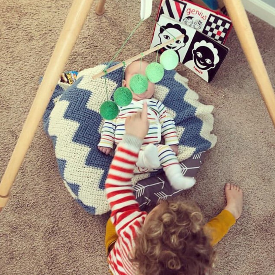 Tips for doing Montessori with two kids