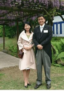 岸信夫と智香子夫人
