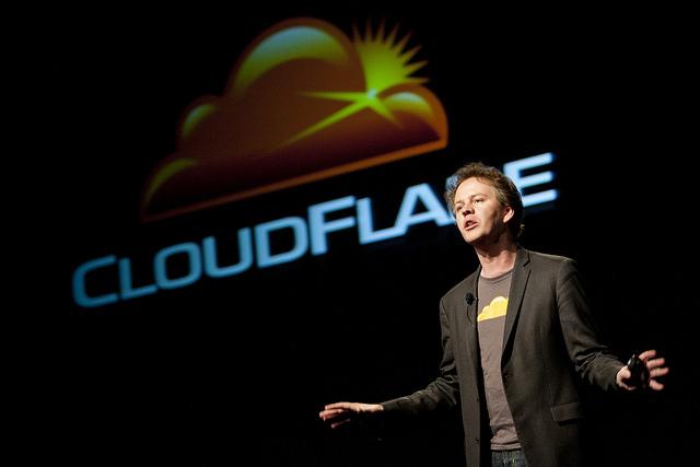 CloudFlare 免費 WordPress 外掛教學,一鍵為網站快速套用最佳化設定