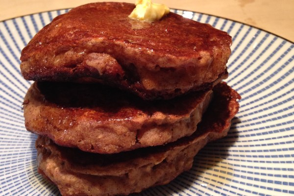 apple & oat scotch pancakes