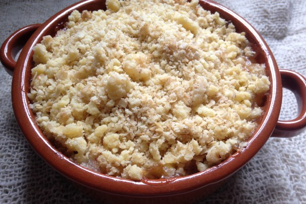 vegan & gluten-free apple crumble