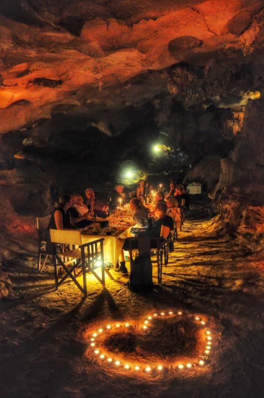 Cave Dinner 5