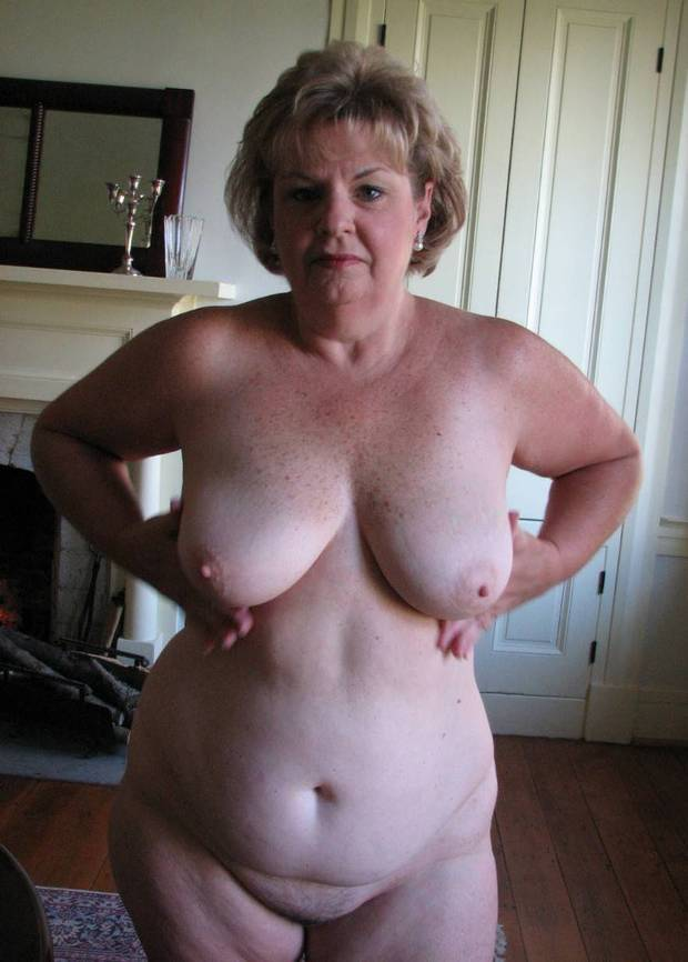 Huge Tits Amateur Blowjob