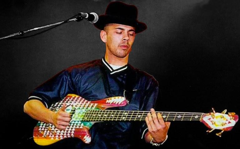 Stuart Zender bass lesson