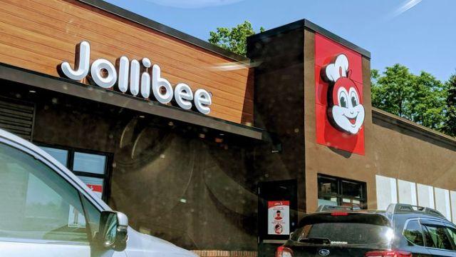 Jollibee Opens First Drive-Thru Store in New Jersey