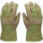 Free gardening gloves at Ace