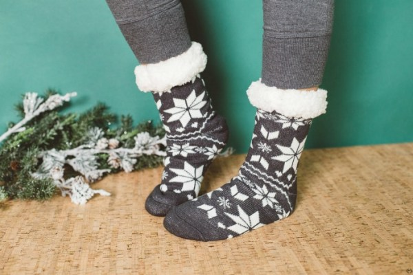40% off Holiday Cozies