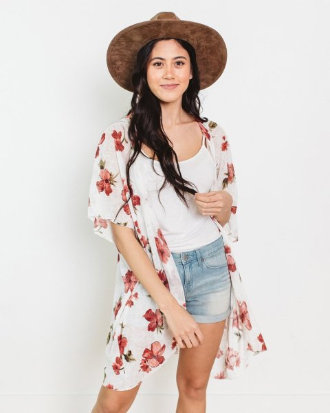 40% off Kimonos (Starting at $10)