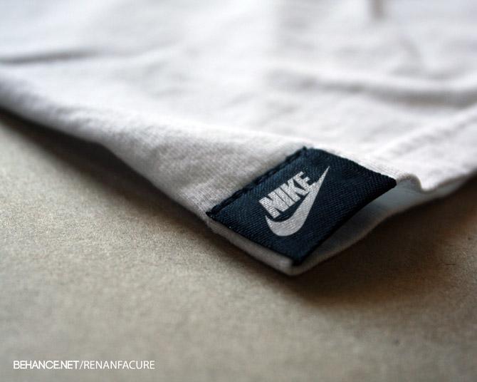 Tag T-shirt Logo PSD mockup