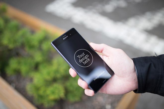 12 Free Sony Xperia Z3 PSD Mockups