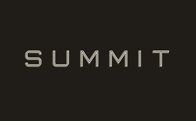Summit Free Display Font