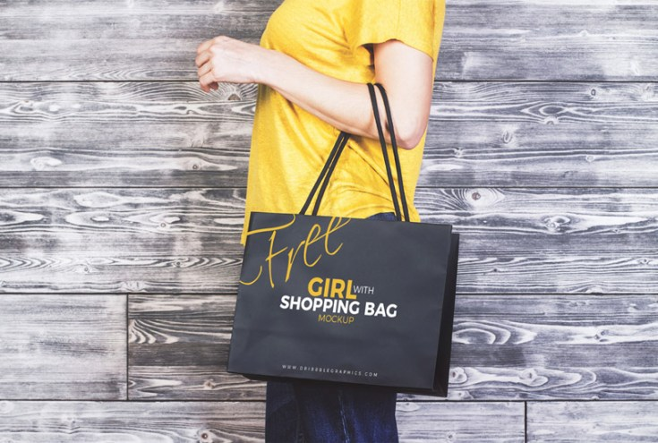 Shopping Bag Mockup on The Hand