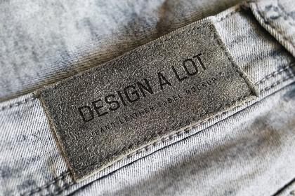 Jeans Label Free Mockup
