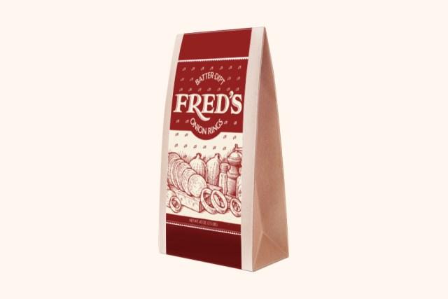 Free Triangular Packaging Mockup