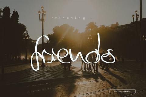 Friends Free Script Typeface