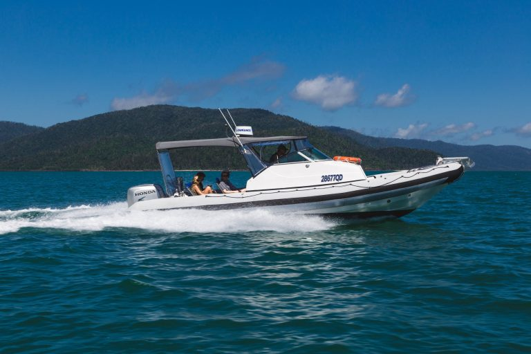 Standard Private Charter | Freedom Exclusive Charters | Private Charters Airlie Beach | Hamilton Island Private Charters | Hamilton Island Boat Hire