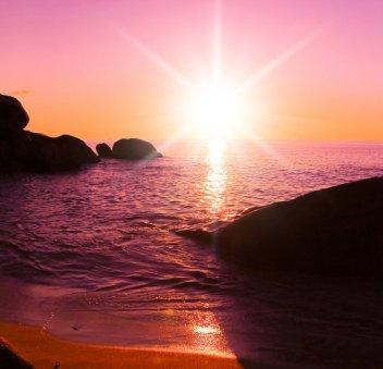 pink-sunrise-beach