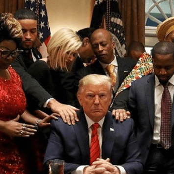 Despicable: Spike Lee Attacks Black Trump Supporters Over Photo
