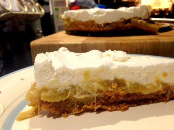 rhubarb-and-ginger-cheesecake-6