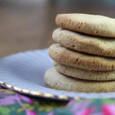 Orange & Chestnut Shortbread (Grain-Free, Egg-Free, Nut-Free, Refined Sugar-Free)