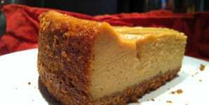 Vegan Pumpkin Cheesecake with Vanilla Coconut Whipped Cream