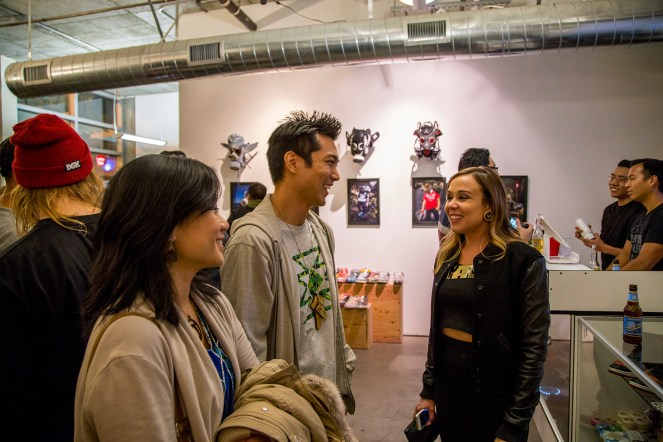 """@char_l_ton and his wife Janice talking with fellow """"Fresh to Death"""" artist @marsartist"""