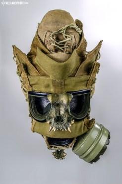 WEB 050 USMC Combat Book Gas Mask 06