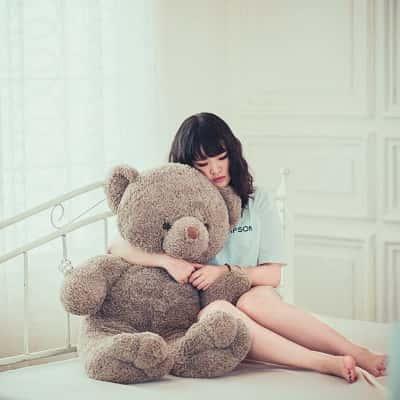 Alone-Sad-Girl-DP-For-Facebook-Whatsapp (2)