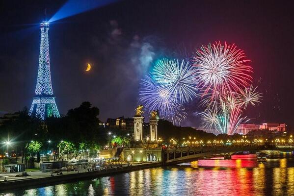 paris happy new year