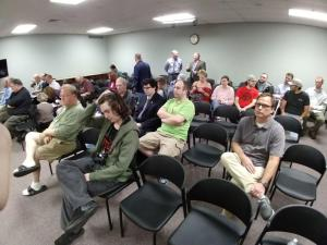 Photo of the audience at the start of the meeting.
