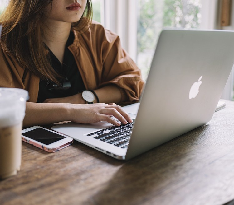 How to Write a Cover Letter That Will Actually Get You Writing Jobs